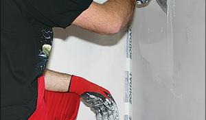 KROK VI - Nanoszenie płynnej folii na ścianie